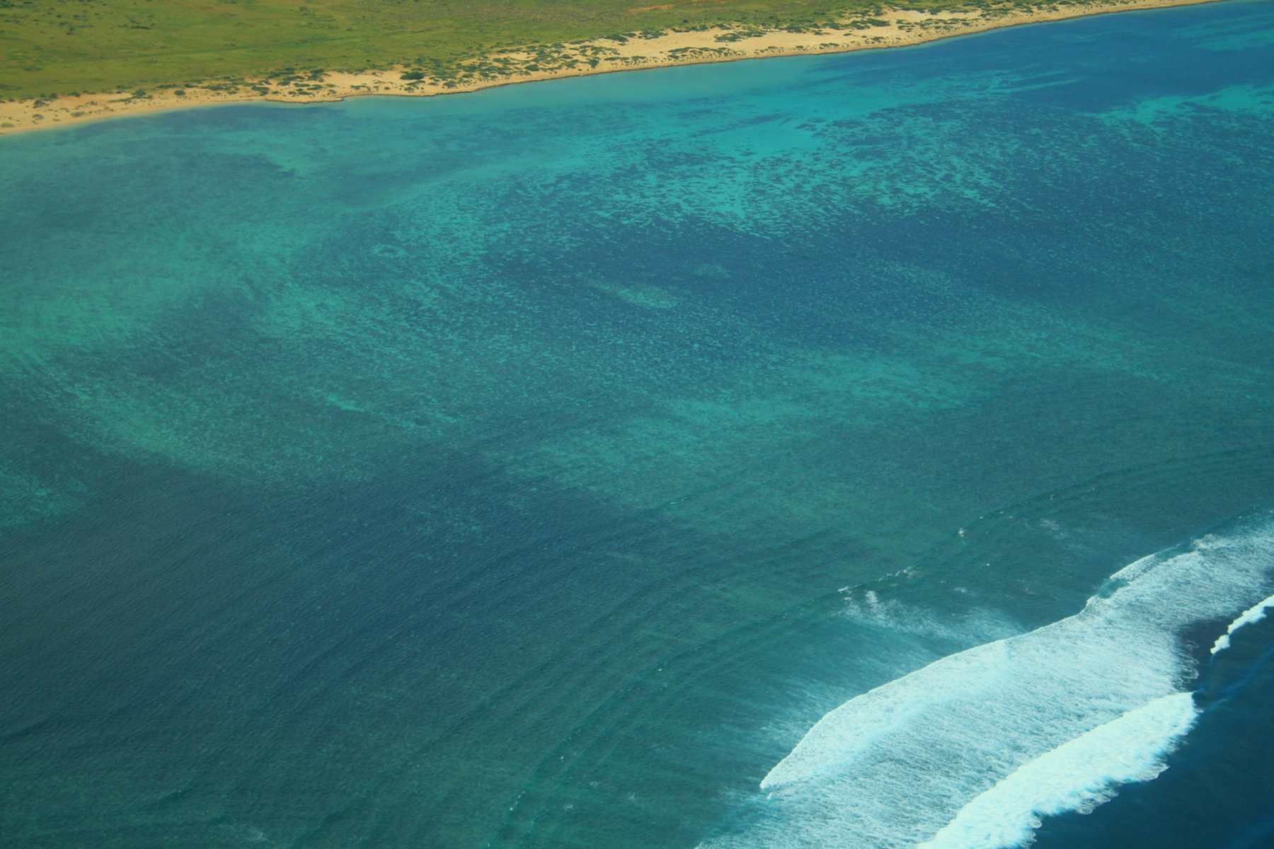 Ningaloo-Reef-from-the-air